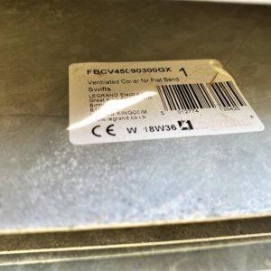 Legrand вентилируемая крышка плоского изгиба | FBCV45090300GX